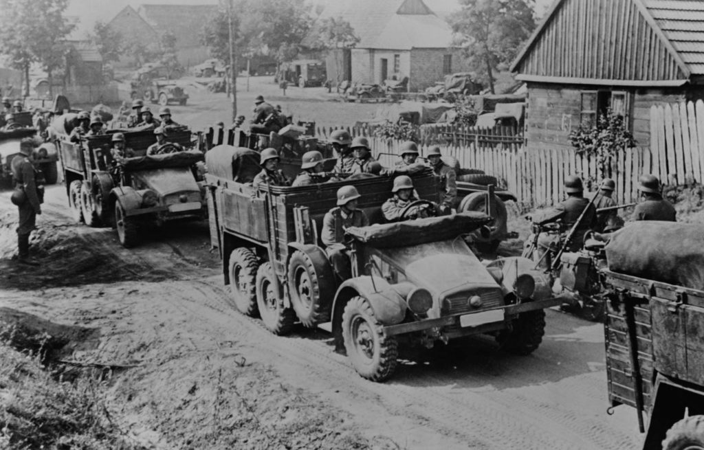 Image german-soldiers-invade-poland-armored-motorized-1024x655
